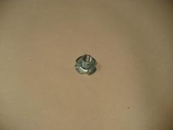 Spojovací materiál - narážecí matice M10
